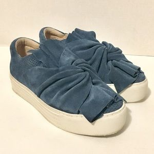 Kenneth Cole Reactions Blue Sneakers Womens 8.5